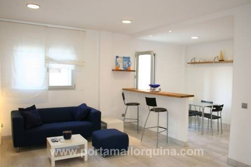 Furnished duplex apartment with views over the marina of S'Estanyol - close to the sandy beach