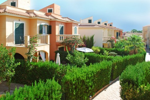 Beautiful, furnished newly built terraced houses near the dream beach Es Trenc