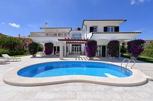 Villa exceptionnelle près de la plage de Cap Falco