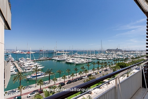 Beautiful fully equipped penthouse with views of the promenade of Palma