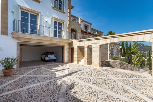 Garage from the villa