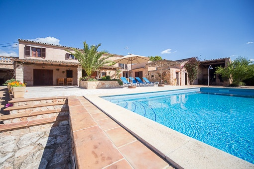 Grande Finca en pierre naturel avec grand pool et maison hôte à Manacor