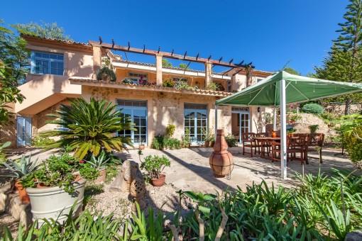 Wonderful country house with fantastic panorama views near Son Macia