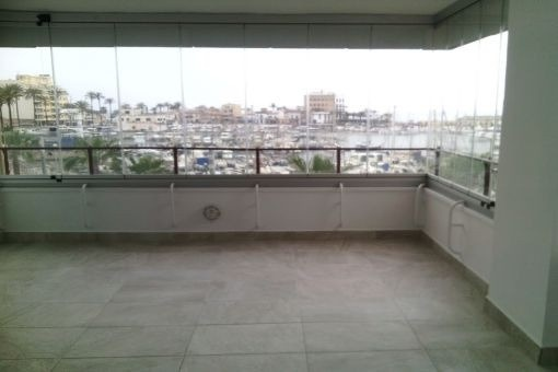 Unfurnished, newly renovated apartment in Portixol with fantastic sea views
