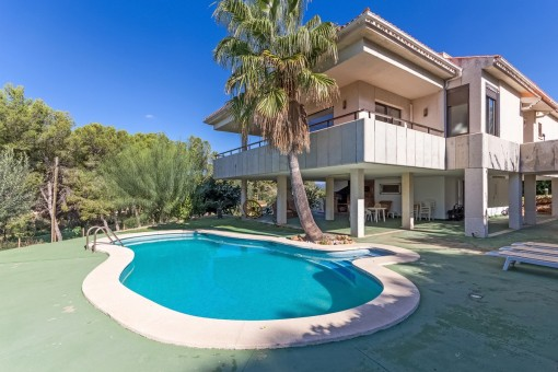 Comfortable villa with partial sea views in a very quiet area in Nova Santa Ponsa