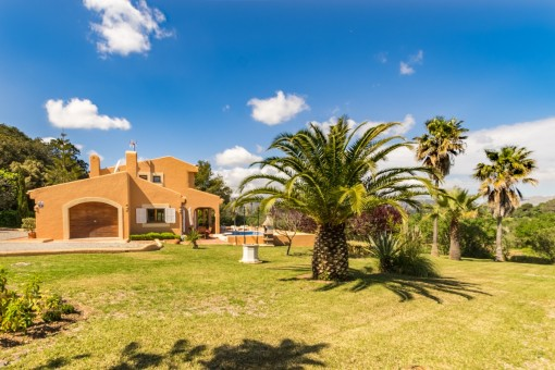 Comfortable newly-built Finca close to Alcúdia with pool in a desirable residential area with panoramic views