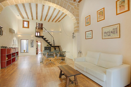 Lovely and bright ground floor office in the old town of Palma