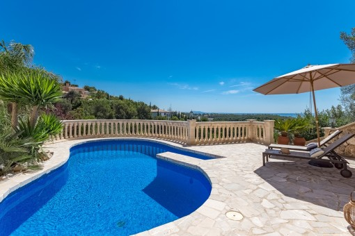 Elegant villa with sea views in a tranquil location in Portals Nous