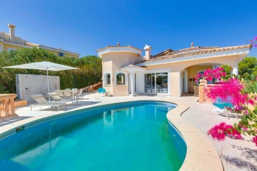 Renovated villa with unobstructed views in a quiet location in Costa de la Calma