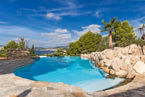 Villa with panoramic views in Nova Santa Ponsa