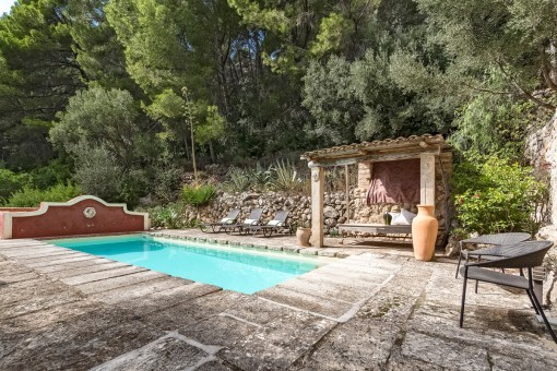 Idyllic, traditional finca in a quiet location close to Andratx
