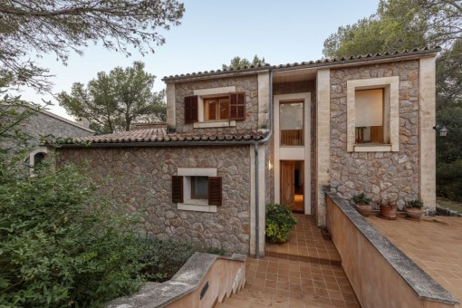 Very modern, wonderful stone villa in Valldemossa