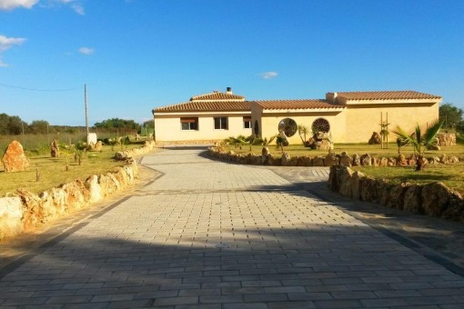 Finca in a completely secluded location only a few minutes from Campos