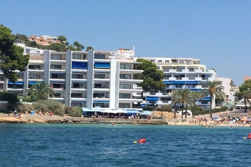 Renovated ground floor apartment with access to the beach of Santa Ponsa