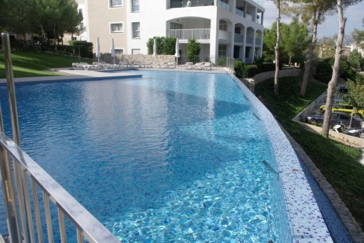 Luxurious ground floor apartment in a new residential complex in Santa Ponsa