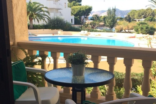 Furnished apartment with sea views in Santa Ponsa