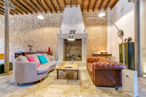 Spacious, completely restored town house in the heart of Soller
