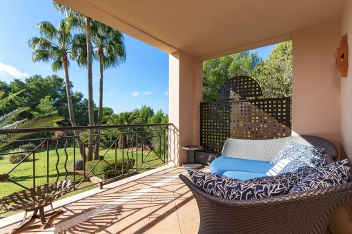 Spacious, bright apartment with garden views in Santa Ponsa