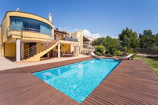 Tastefully renovated house with pool and unobstructed sea view in Sa Cabaneta