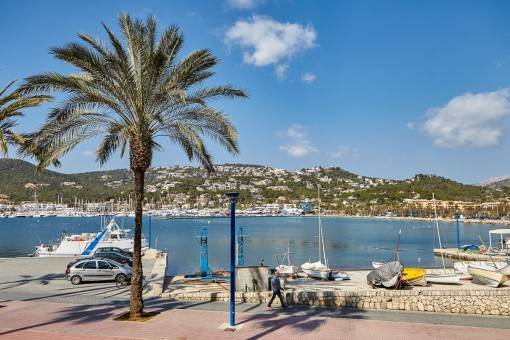 Apartment with harbour views on the 1st sea line in Port d'Andratx