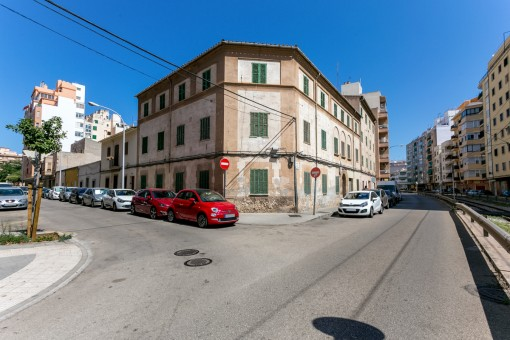 3 buildings in the centre of Palma offering the possibility for conversion into 20 apartments or a hotel