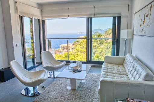 High-quality apartment with breathtaking sea views in Port Andratx