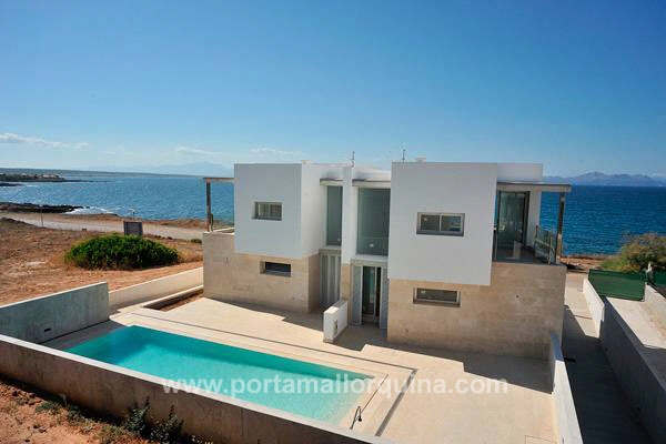 Stylish waterfront villa overlooking the Cap Formentor and the Bay of Alcudia