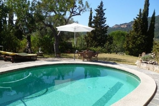 Finca with stunning panoramic views and swimming pool in the nature reserve of Cas Capdella