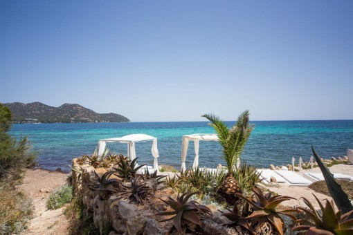 Romantic sea views from the finca