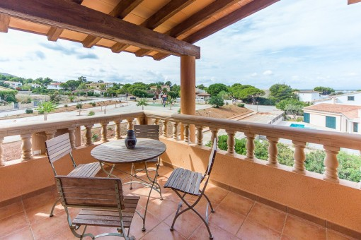 Large detached house with pool in Colonia Sant Pere