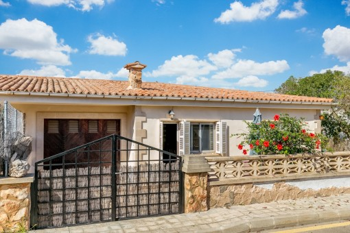 Semi-detached house in Cala Lombards near to the beach