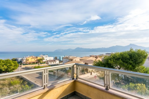 Modern villa with pool and fantastic sea views over the bay of Alcudia with the best construction quality