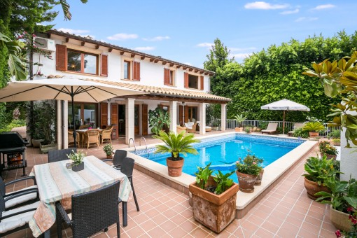 Beautiful villa with pool in Costa Canyamel just 50 metres from the sea