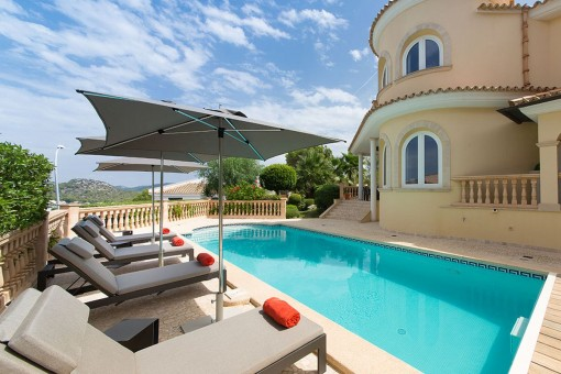 Incomparable, immaculate villa in Santa Ponsa with sea views throughout