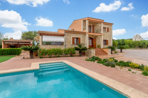 Enchanting Mallorcan finca in the vicinity of Llucmajor