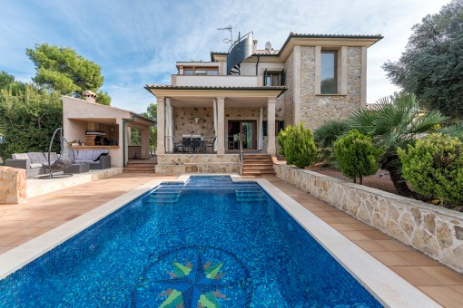 Wonderful, luxurious Mediterranean villa close to the sea and surrounded by nature in Cala Vinyes