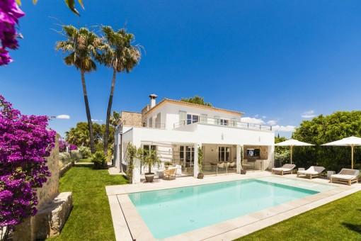 Beautiful, south-facing luxury villa in Nova Santa Ponsa