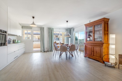 Restored designer-penthouse with views of the countryside in a popular residential area in Maioris Decima