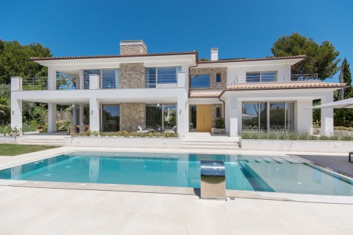 Newly-built villa in the heart of Nova Santa Ponsa built to the highest German standards