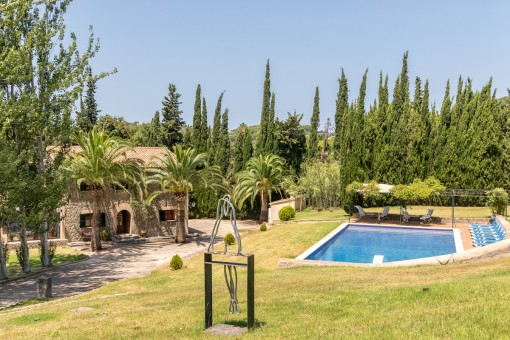 A unique property - an oasis with absolute...