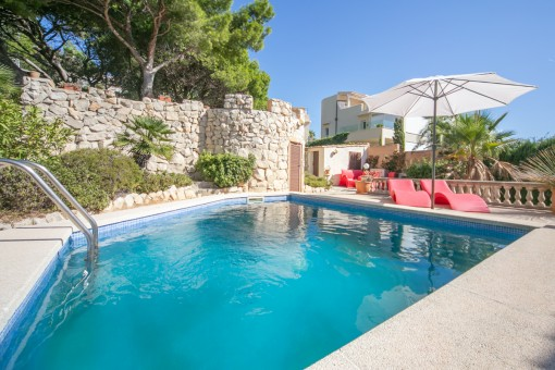 Villa in a residential area in Cala Ratjada with spectacular sea views and touristic rental licence