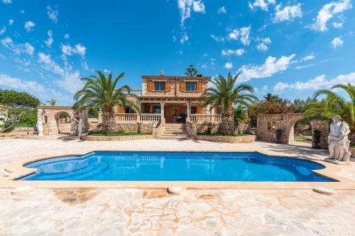 Charming Mediterranean finca with touristic...