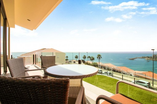 Luxury apartment with stunning sea views in Arguineguin
